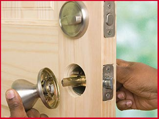Downtown CT Locksmith Store Downtown, CT 860-398-9665